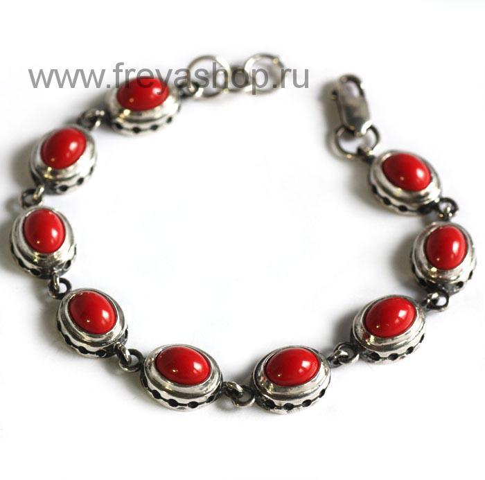 Серебряный браслет в восточном стиле с красным кораллом, Россия.