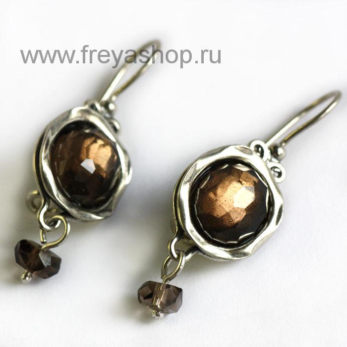 Серебряные серьги с изумрудом