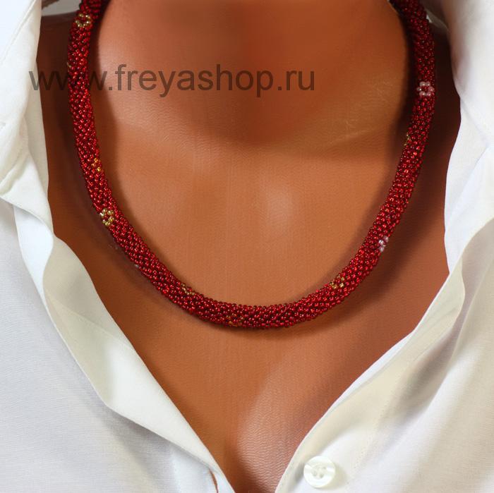 Красное колье-жгут из бисера с узором-цветами, авторская работа, Россия.