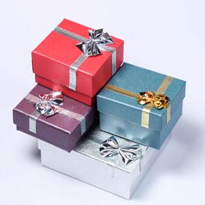 Сувенирные подарочные коробки