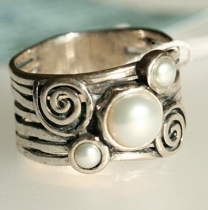 Серебряное кольцо с жемчугом, Израиль